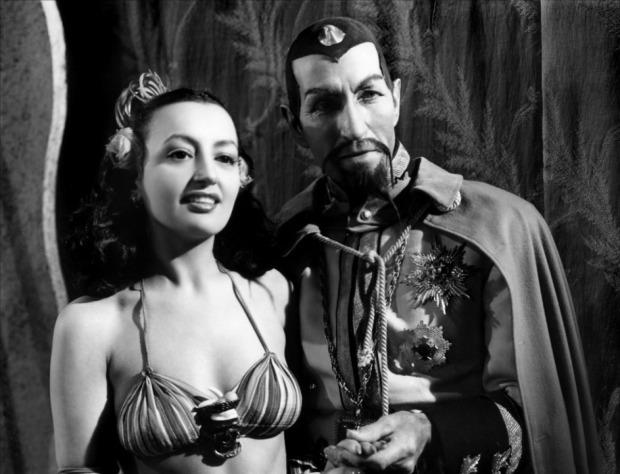 Flash_Gordon_Conquers_the_Universe_(1940)_1